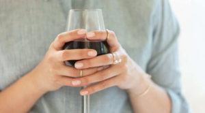 Эффективный способ удаления пятен с бокалов для вина