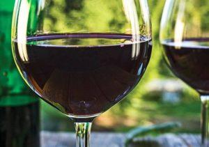 Черносмородиновое вино
