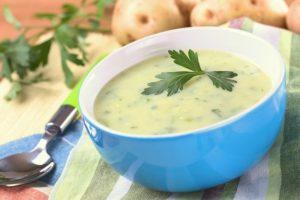 Картофельный суп с петрушкой
