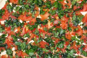 Фрикадельки из индейки с томатами и грибами