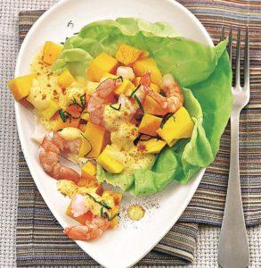 Макаронный салат с морковью и манго