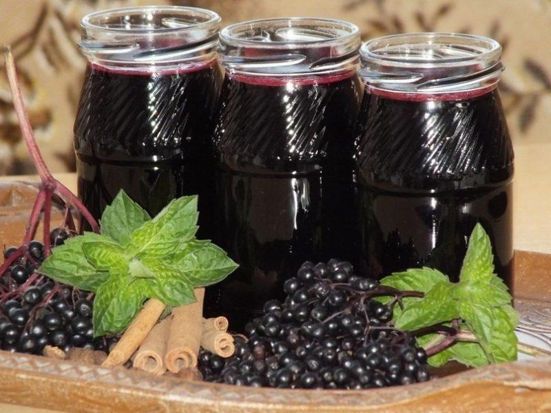 Готовим сироп из ароматной черноплодной рябины — делюсь своими любимыми рецептами