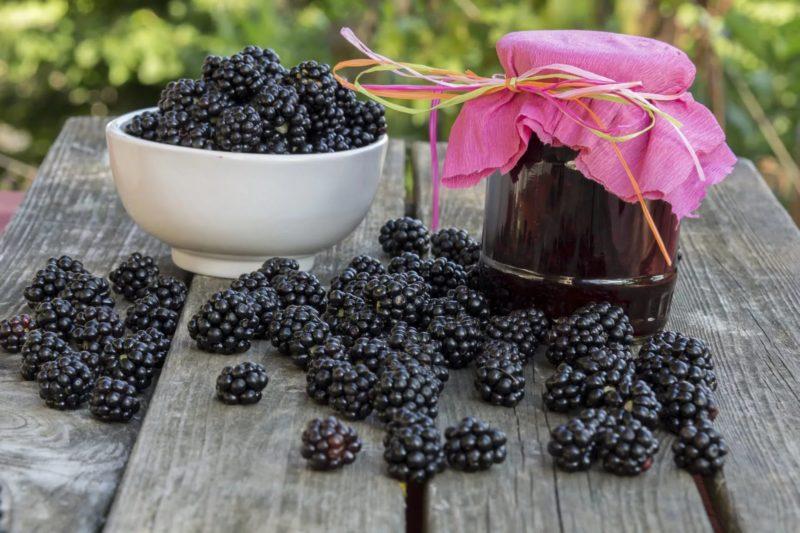 Топовые рецепты джемов и варенья из ежевики