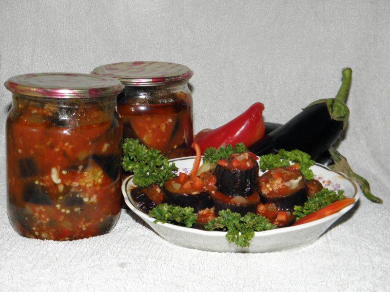 Баклажаны в томате — лучшие рецепты на зиму