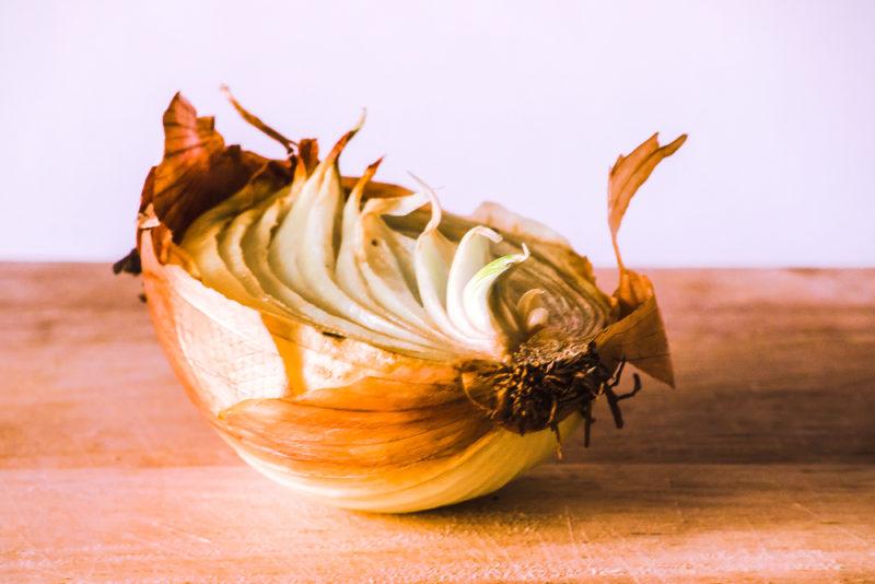 6 распространенных болезней чеснока при хранении