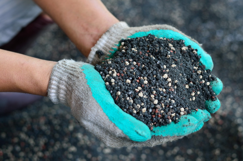 Азотные удобрения осенью — личный опыт. Многочисленные «за», убедившие меня применять их
